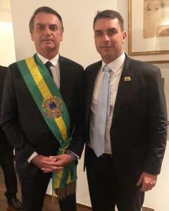 Bastamag Bolsonaro père et fils 3