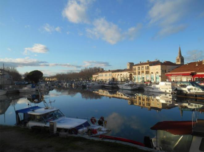 Beaucaire le port