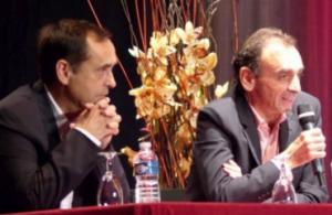 Robert Ménard et Eric Zemmour à Béziers, le 16 octobre 2014. © dr