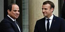 Macron entretient de bonnes relations avec de hautes personnalités musulmanes, ici avec le général Sissi