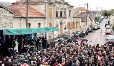 Marine le Pen à Brachay (Haute-Marne)