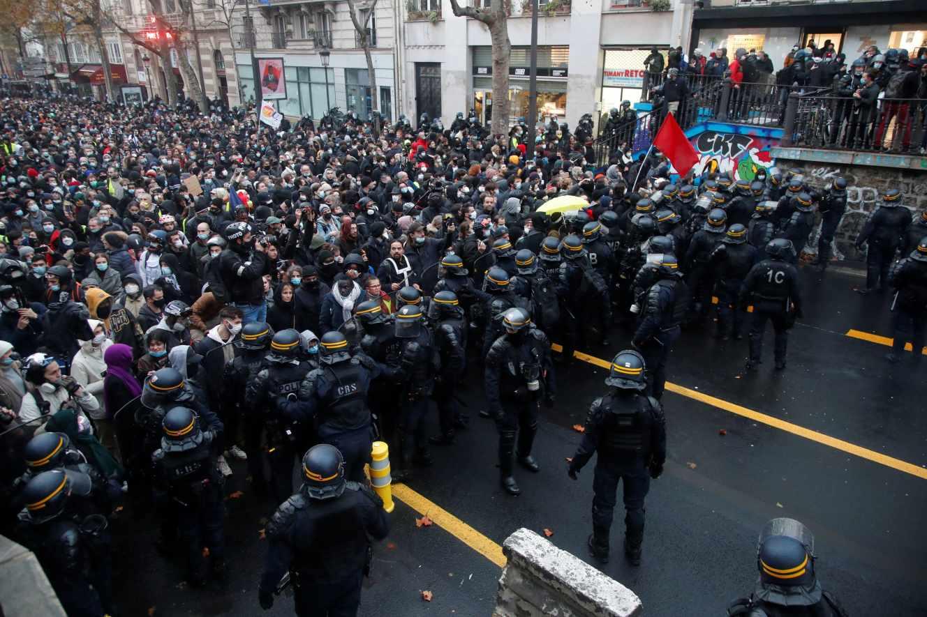 Sécurité _par30-france-security-protest-1212-11