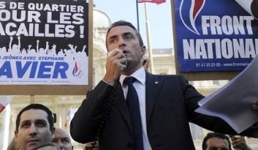 le-candidat-du-fn-aux-municipales-stephane-ravier-lors-d-un-rassemblement-a-marseille-le-14-aout-2013_4004849